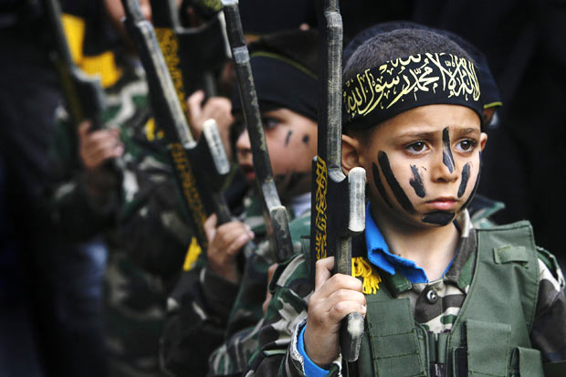 Hamas-child-soldiers2