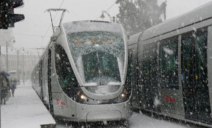 Дорога в Иерусалим перекрыта из-за снегопада
