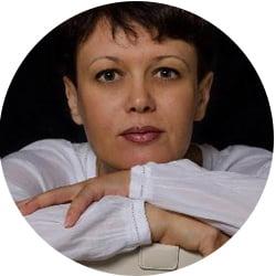 Елена Хмарская