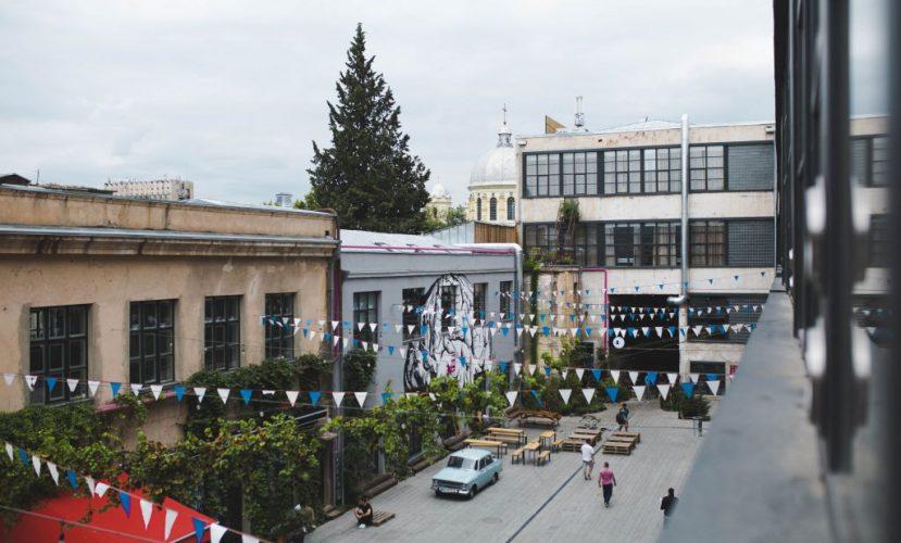 «Фабрика», хинкали, горы и еще немного про Тбилиси